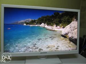 """FULL HD LED TV Standard 24"""", bijela boja, HDMI"""