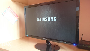 Samsung  24 monitor LED full HD