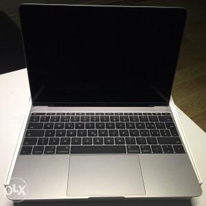 MacBook A1534