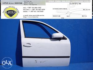 Octavia 00/04-prednja desna vrata (ostali dijelovi)