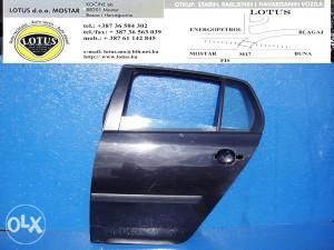 VW Golf 5 V-zadnja lijeva vrata (ostali dijelovi)
