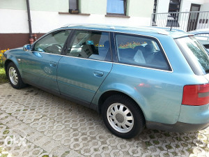 Audi A6 2.5 tdi stranac