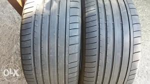 275 30 20 Dunlop ljetne gume r20 2 kom polovne