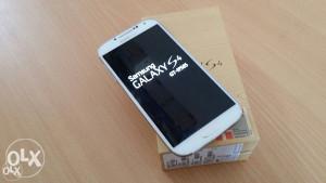 Samsung Galaxy S4 I9505 Extra stanje kao novo