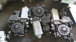 Motor podizaca stakla audi a8