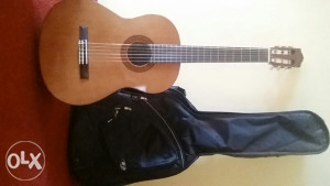 Gitara Yamaha c40