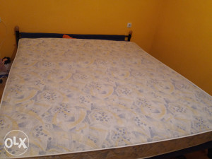 Madrac za bracni krevet