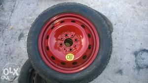 Rezervna guma pomocna