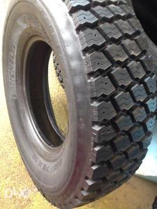 Protekt gume 235/75/R15