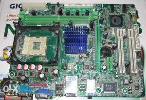 Matična ploča Biostar P4M900-M4