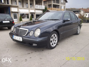 Mercedes. E 320.CDI .2002 ..god