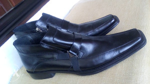 Nove crne kožne muške cipele br. 45