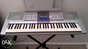 Klavijatura Yamaha PSR-295 sa stalkom