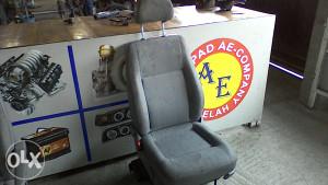 Sjedalo lijevo vozacevo VW Transporter T5 05g AE 036