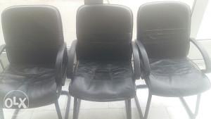 Kancelariske stolice i sto