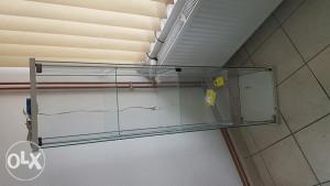 Staklena stalaza, polica za radnje