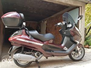 Motor piaggio X8 200