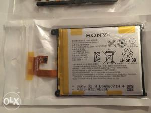 SONY Z2 Baterija i FLEX KABAL