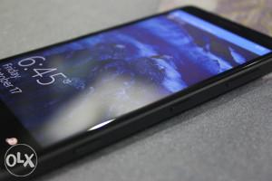 Lumia 830 BLACK edition + NOV wireless punjač