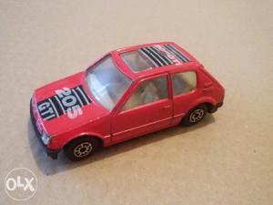 Autić MC TOY Pežo 205 GTI