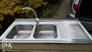 Kuhinjski sudoper lavabo sa česmom