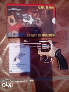 Pistolj plasljivac,plinski,start revolver 6mm
