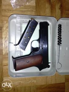 Pištolj CZ M88 9mm