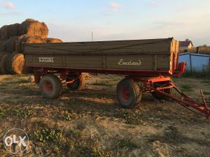 Prodajem traktorsku prikolicu Krone