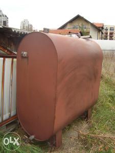 Rezervoar za tečno gorivo i vodu zapremine 1500l