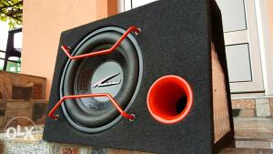 Audiobahn subwoofer
