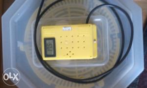 Poluautomatski inkubator