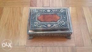 Kutija ukrasna 10x7cm