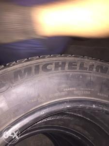 Prodajem 4 zimske Michelin gume 265/60 18