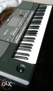 Prodajem Korg Pa600 kao nov sa tobrom,bez packe!!