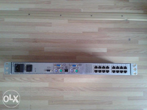 HP Server Console Switch, 2X16 Port KVM Switch