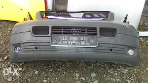 Prednji branik VW Transporter T5 05g AE 116
