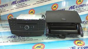 RADIO CD MP3 NAVIGACIJA C Clasa 204 10g AE 104