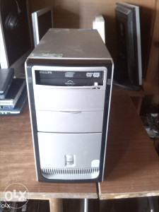 Pc intel pentium,1.5 gb rm,160 gb hdd,win 7