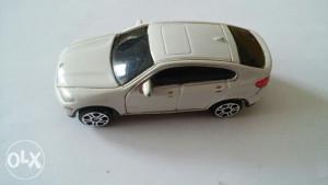 Autić Maisto BMW X6