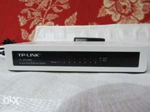 SWITCH TP-Link 8 portni
