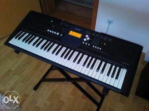 Klavijatura Yamaha PSR-E333 ( psr e 333 )