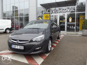 Opel Astra Enjoy 1,6 - Test vozilo