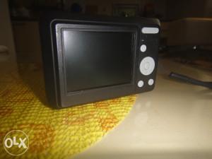 Digitalna kamera - Kodak Fun Saver (12mpx)