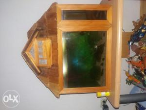 Akvarijum sa ribicama u zamjenu za kanarince s kavezom!