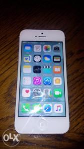 Iphone 5 32 gige extra stanje orginal