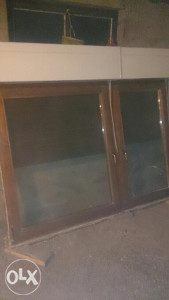 Dva drvena prozora,u odlicnom stanju