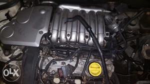 Laguna 2   V6 3.o benzin za dijelova