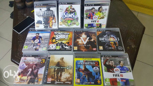 Playstation 3 super slim 465gb + 10 original igrica