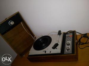 Gramofon ISKRAPHON