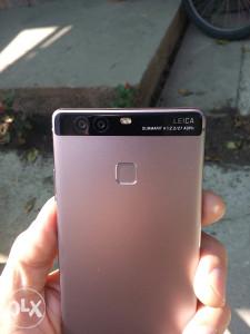 """Huawei P9""""Bez packice,sa svom opremom i garacijom"""""""
